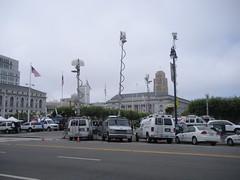 Media swarm (sftrajan) Tags: sanfrancisco california news broadcast tv kron civiccenter journalists cameramen newsmedia televisionnews prop8 proposition8