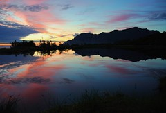 Magical Night Light (leifolsen) Tags: sunset sky mountains norway clouds skyscape island norge pond colorful europa europe norwegen arctic nordic scandinavia nordnorge senja troms naturesfinest northernnorway artdigital magicalnight flickraward mefjorden deepnorth mefjord 1001nightsmagiccity