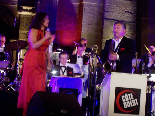 C�te Ouest Big Band & Veronika Rodriguez By McYavell - 100804c