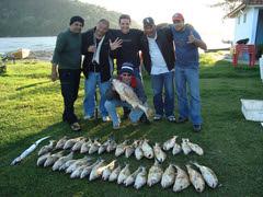 jorge e sua equipe de pesca, so alegria,.