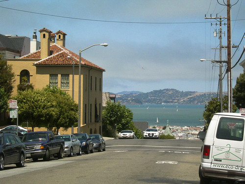 pacific street and steiner street, view San Francisco Bay
