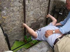 Kiss_the_Blarney_Stone