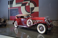 Louwman museum:  Duesenberg Convertible SJ LA Grand Dual-Cowl Phaeton 1935 (Ronald_H) Tags: new classic film car museum la nikon den convertible grand sj fe haag duesenberg 1935 phaeton louwman worldcars dualcowl