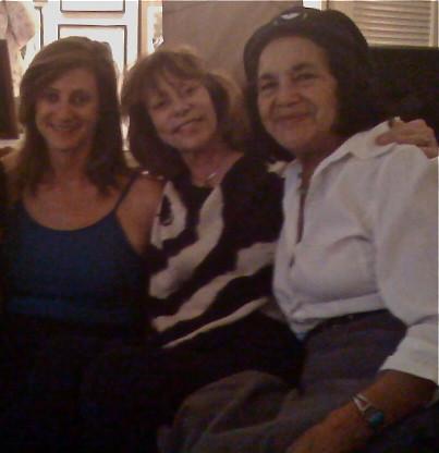 Diane Guthman, Linda Milazzo, Dolores Huerta