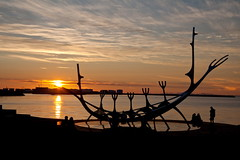 Sunset Reykjavik (Heinz_H) Tags: sunset geotagged island iceland islandia sonnenuntergang reykjavk isl islndia lislande reykjavk1 geo:lat=6414736129 geo:lon=2192128658