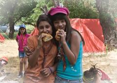 01 Campamento Verano 2010 (013) - Lobatos construyendo