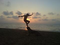 Yo (okzelui) Tags: sunset sea sun sol praia beach me mar mare yo playa andalucia io puestadesol andalusia crepusculo sole ocaso jara sanlucardebarrameda sanlucar okzelui lajara