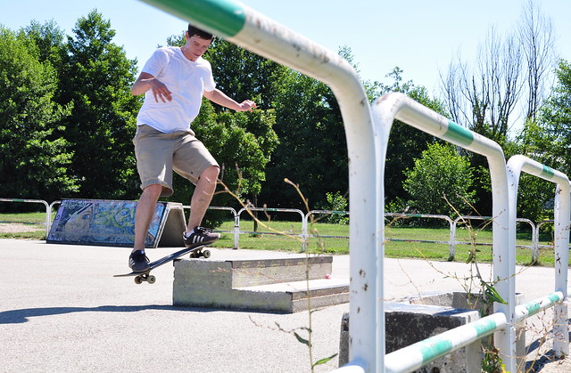 Frontside smith grind, Salaise-sur-Sanne.