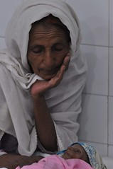 child Talha Flood in Pakistan (Jahangir @) Tags: pakistan japan flood health karachi sindh jk died treatment talha sukkur littlechild twinbrother shahdadkot jahangirkhan jahangirpix sukkurhospital floodphoto photojournalistjahangirkhan karachiphoto sukkurphoto pakistanfloodphoto pakistanfloodpictures