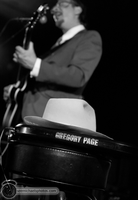 Gregory Page at Queen Bee Arts Center 81410 © Michael Klayman-006