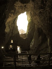 Predjamski Grad (11) - inside the cave behind the castle (marc_vie) Tags: slovenia cave slowenien grad castel burg grotte hhle slovnie slovinsko predjama lueg hhlenburg predjamski lueghi