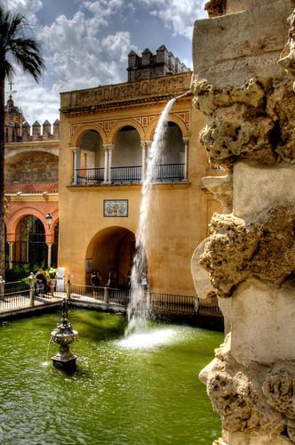 Mercury pond. Seville. Estanque de Mercurio. Sevilla.
