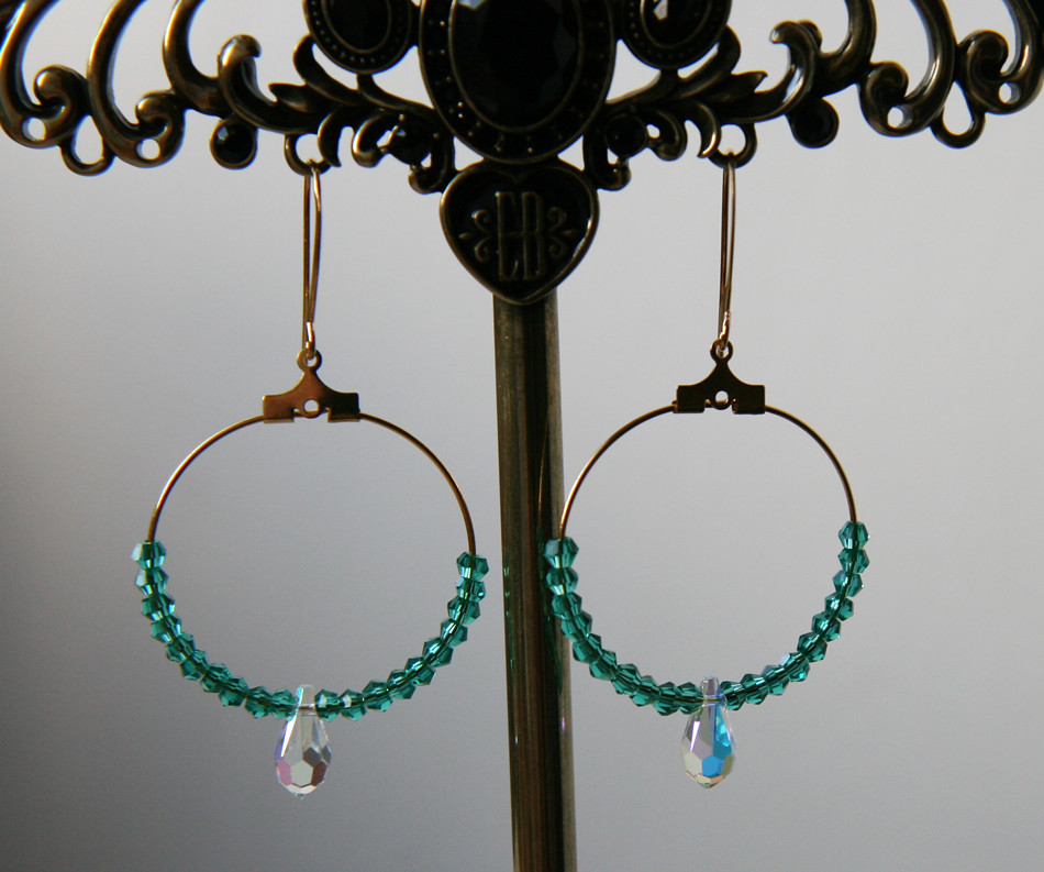 green-and-crystal-swarovksi-gold-plated-hoop-earrings