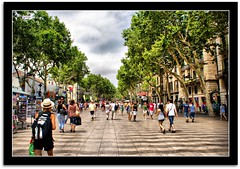 La Rambla... (scrapping61) Tags: barcelona spain legacy 2010 swp worldbest newacademy thisisexcellent scrapping61 luminositylight pandorasdarkbox imagesforthelittleprince absolutelyperrrfect lapetitegallerie trolledproud artnetcomtemporary pinnaclephotography dlstorybook