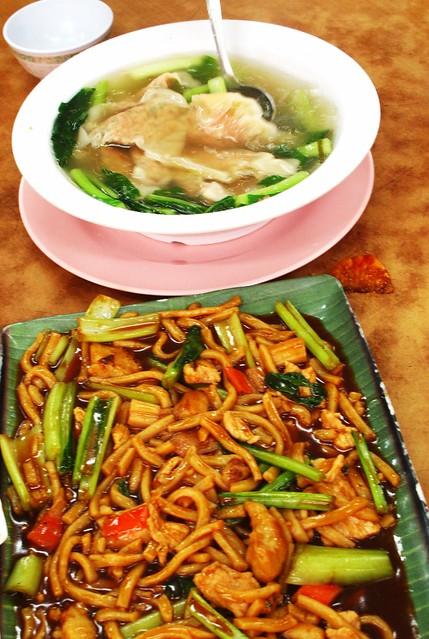 IMG_0765 炒面和水饺