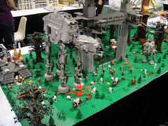 Star Wars Celebration V - Lego diorama - Endor AT-AT and landing platform (Pop Culture Geek) Tags: starwars orlando lego florida 5 battle celebration v convention imperial fl atat diorama endor landingplatform