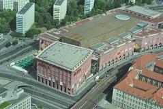 Alexa desde el mondadientes (ACido) Tags: berlin alexanderplatz fernsehturm telespargel mondadientes