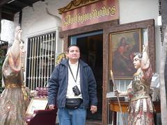 P1040099 (luismedina2009) Tags: del hotel medina luis miraflores condado callecita jren