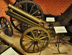 koda d/15 mountain gun (1914) (The Adventurous Eye) Tags: mountain gun cannon artillery playingwar koda leanymilitarymuseum