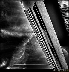 Invitation au voyage (Yoan Bernabeu) Tags: street sky bw white black france art photoshop grenoble canon french eos europe noir nb ciel nuages rue et photoshoped hdr avion bernabeu lucis yoan photomatix 400d nlanc