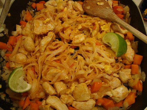 Chicken Pad Thai from the Flat Belly Diet Cookbook