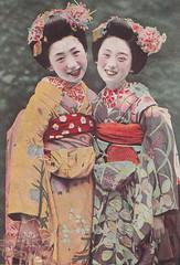Maiko postcard-Say cheese (kofuji) Tags: japan postcard maiko geiko geisha kimono