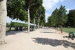 Paris, Champ de Mars, Eiffel Tower (Gustave Eiffel 1889) 09 (J0N6) Tags: paris eiffeltower latoureiffel champdemars 1889 2010 gustaveeiffel theironlady gustaveeiffelcie ladamedefer stephensauvestre 324m 1064ft 33formerlypublic33