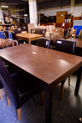 Walnut kitchen table E250