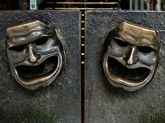 No Need to Shout (Steve Taylor (Photography)) Tags: mask face bronze door handle shaftsburyavenue theatre queenstheatre london art design sculpture brown metal glass uk gb england greatbritain unitedkingdom shiny