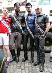 """bootsservice 17 1600594 (bootsservice) Tags: paris """"gay pride"""" """"marche des fiertés"""" bottes cuir boots leather sm motards motos motorcyclists motorbiker uniforme uniform"""