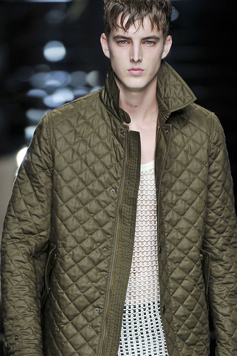 James Smith3109_SS11_Milan_Burberry Prorsum(VOGUEcom)