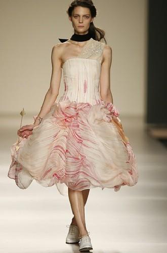 Moda mujer verano 2010, ropa para mujer de Lydia Delgado