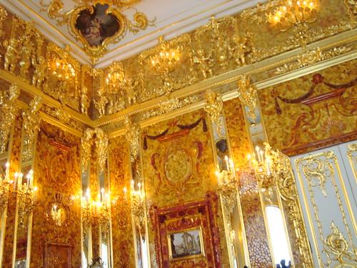 Фрагмент Янтарной комнаты