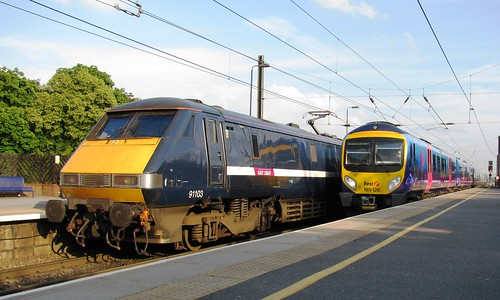 91103 & 185126 at Northallerton
