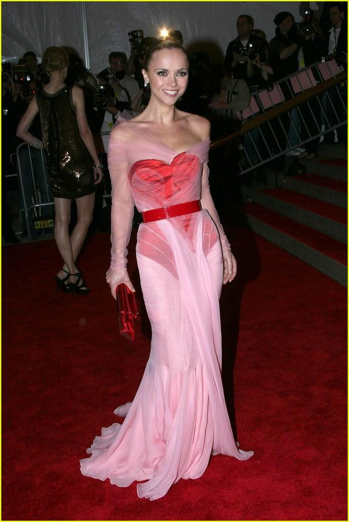 christina-ricci-2008-met-costume-gala-011