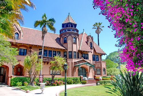 Picture of the Doheny Mansion