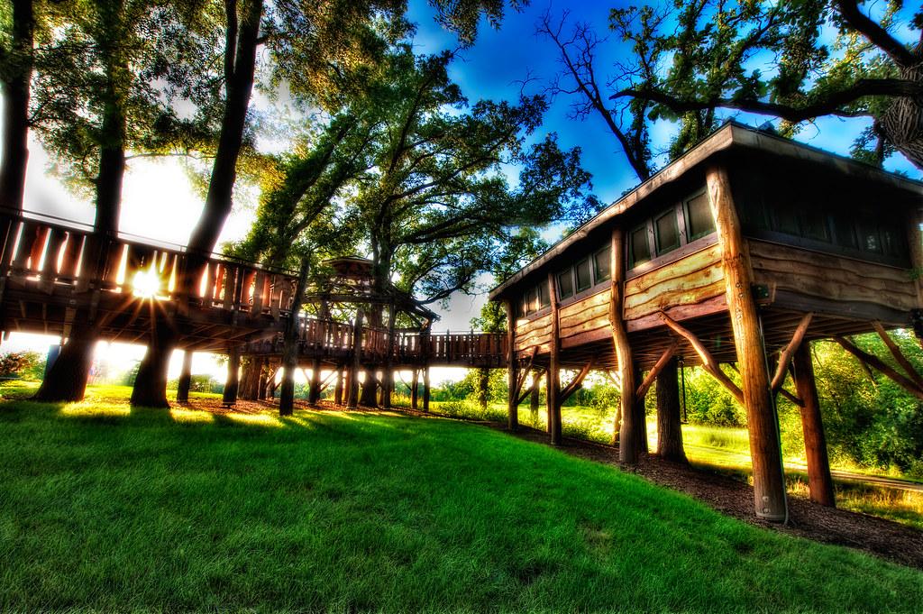 Pepper Family Treehouse in Citizen's Park in Barrington, IL.