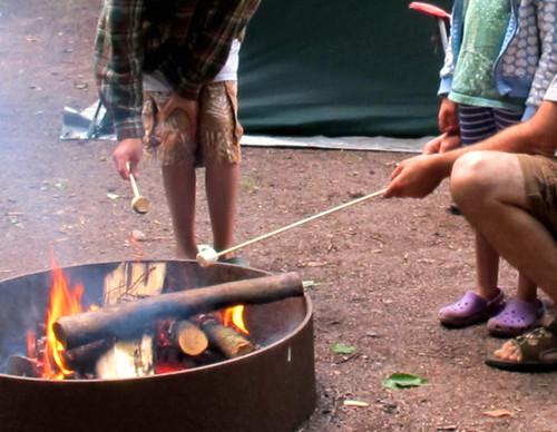 camping roasting