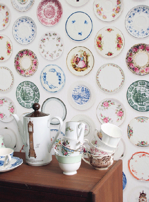 porcelain plates wallpaper
