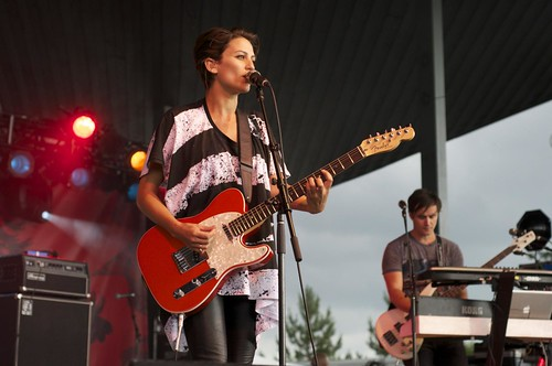 Surrey Canada Day 2010 - Dragonette