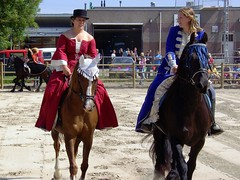 On Horseback (Davydutchy) Tags: school horse june cheval style medieval fries opening fest pferd friesland 2010 paard sneek frisian frysln frysk onhorseback hynder middeleeuws mikeoldfield snits friesisch