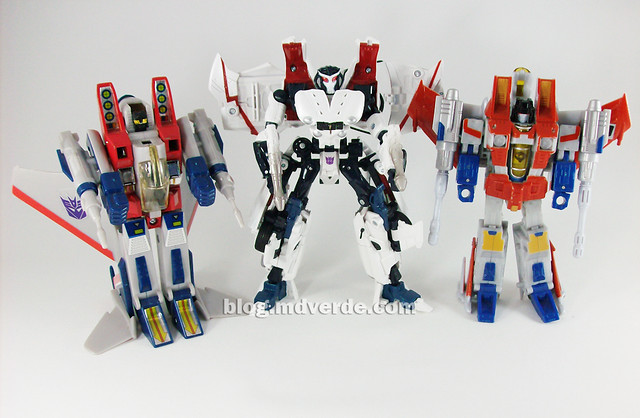 Transformers Starscream Alternity vs G1 vs Classics - modo robot