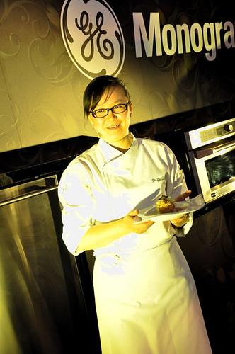 Chef Jacqueline Quiqiong