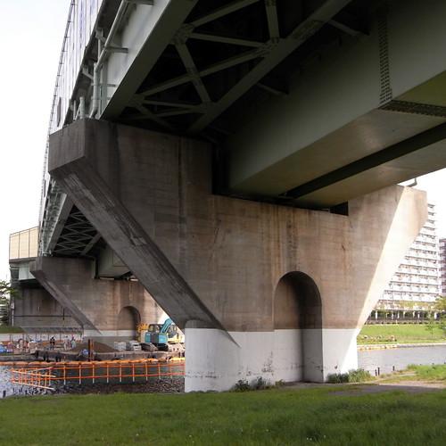 Higasi-Ōjima Sta 01