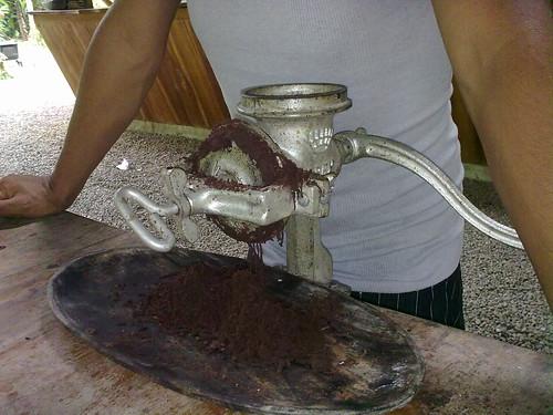 Moliendo el cacao