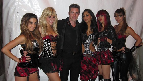After show with the PussyCat Dolls