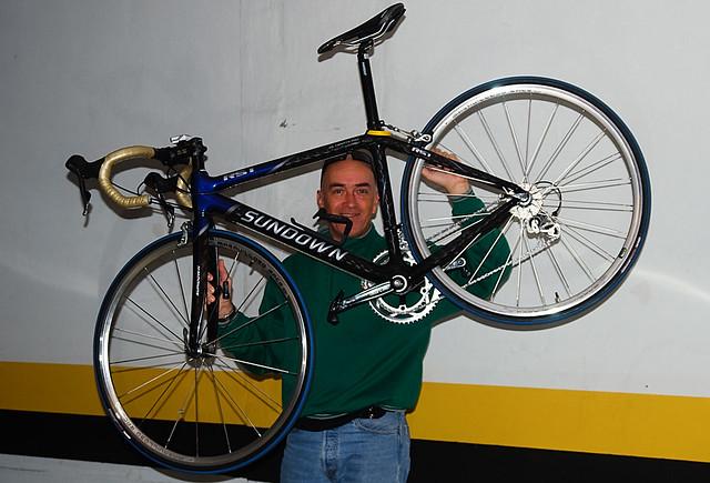 A 1ª Bike de Carbono a gente nunca esquece, olha a cara de felicidade rsrs