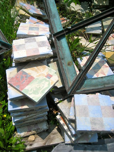architectural salvage and more cool old stuff – recycling the past
