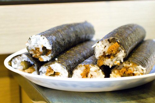 sushi rolls whole 2