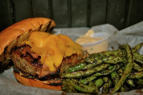 Kellys burger - Grace Tavern